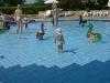 Spielen im Pool vom Camping Lanterna