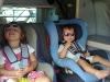 Melina und Jael beim reisen